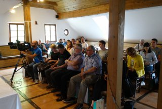 Novinarske konference so se udeležili številni mediji in partnerji projekta