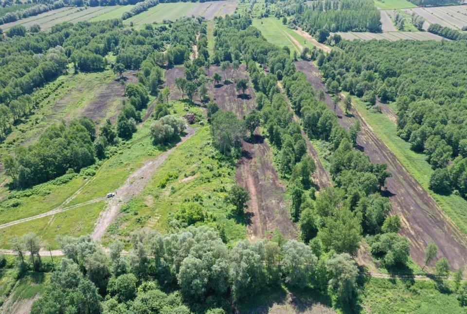 Pogled na očiščena zemljišča iz zraka.